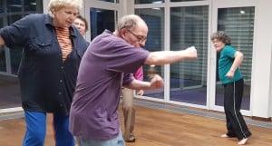 Kurs-Senioren-Beweglichkeit-Ausdruck-Improvisation-Bremen-Barbara-Baum