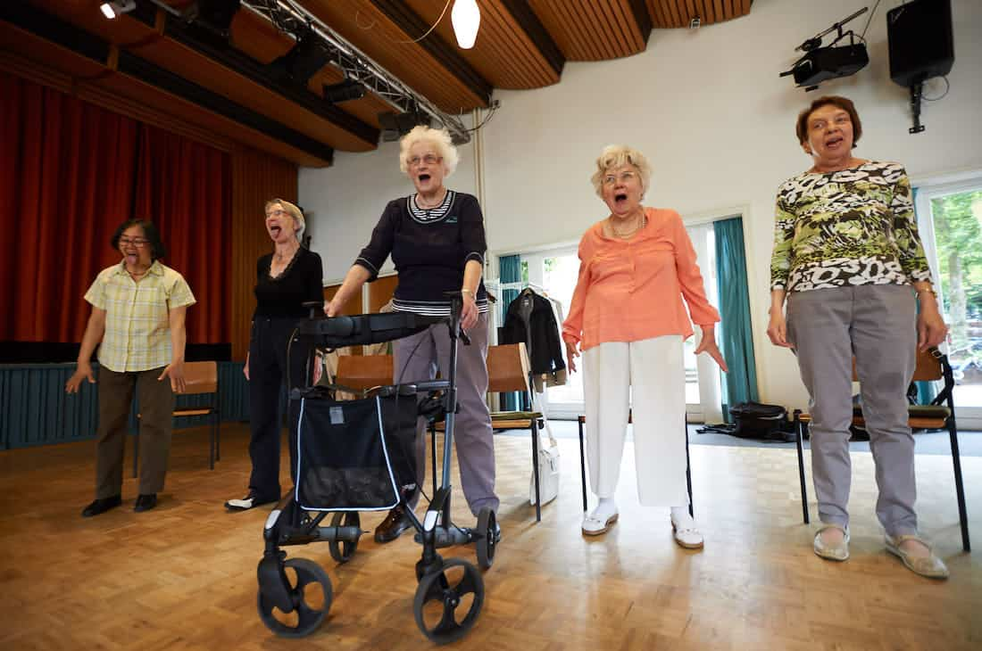 Senioren-Kurs-Demenz-Entspannung-Bewegung-Bremen-Barbara-Baum